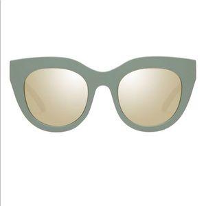 Leg Specs Air Heart sunglasses matte olive gold